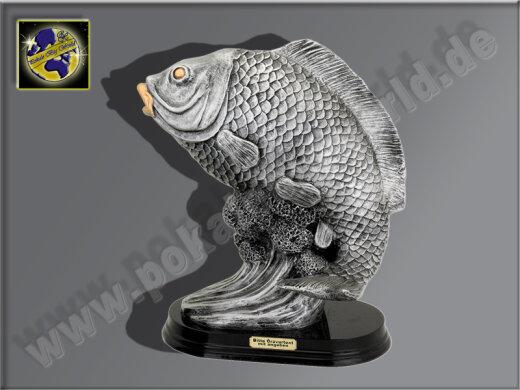 Karpfen-Fisch-Resin-Pokal, Silber, 23x18,5 cm