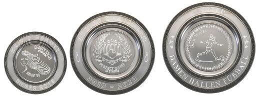 """D111.0   3 er Zinnteller-Serie """"Deko"""", Antik-Silber, mit Gravur, 18-23-27 cm Ø (inkl. Personalisierungskosten)"""