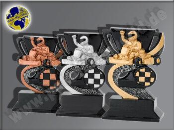 3er Gokart mit Racer, Resin-Pokalserie,...